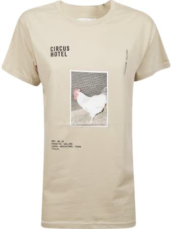 Circus Hotel Graphic Chicken Print T-shirt