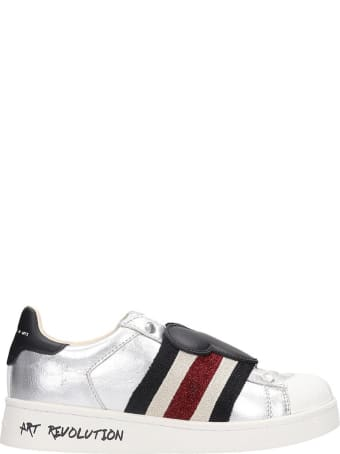 M.O.A. master of arts Sneakers In Silver Leather