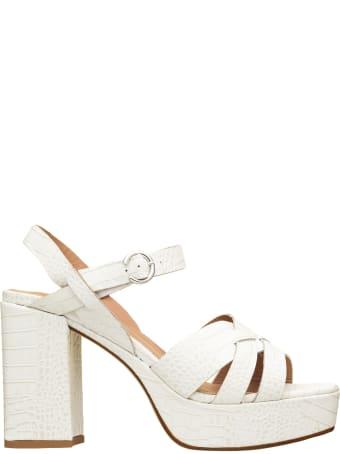 Janet & Janet Janet & Janet Regan White Sandals