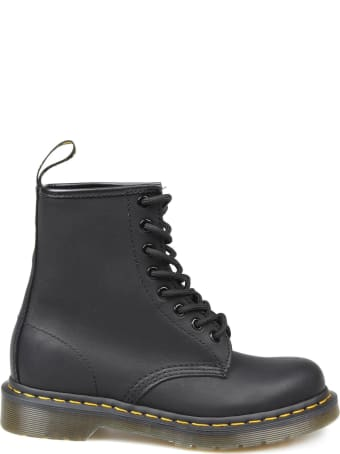 Dr. Martens Dr.martens Grease Leather Anfibio Color Black