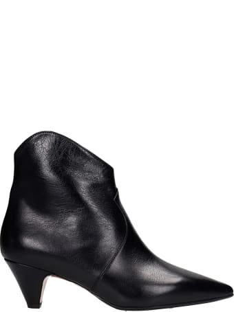 Anna F. Low Heels Ankle Boots In Black Leather