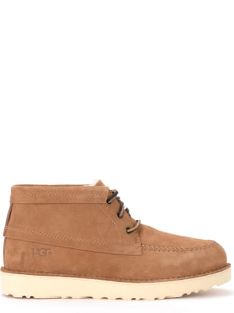 UGG Man Model Campout Chukka Boot In Tan-colored Suede