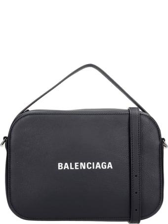 Balenciaga Everyday Shoulder Bag In Black Leather