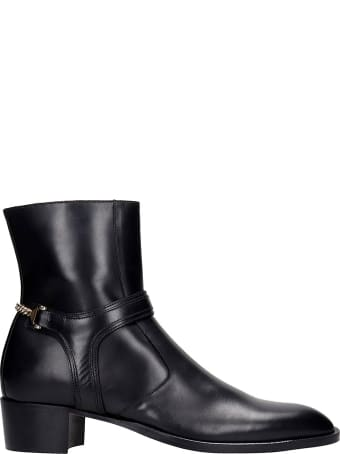 hyusto Steve Ankle Boots In Black Leather