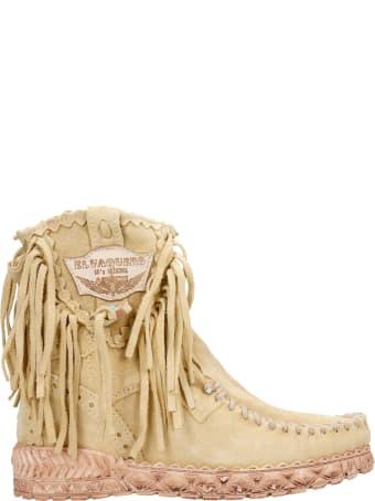 El Vaquero Cloe Ankel Boots Inside Wedge In Beige Suede
