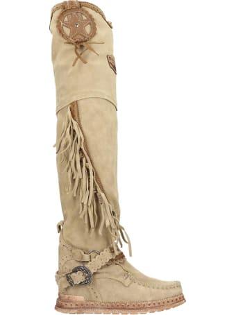 El Vaquero Kaleesi  Low Heels Boots In Beige Suede