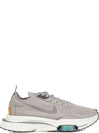 Nike Ari Zoom-type Sneakers