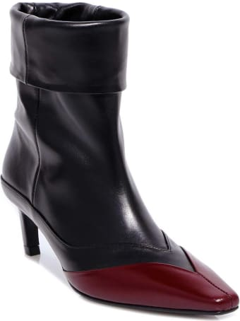 salondeju Pointed Frame Boots