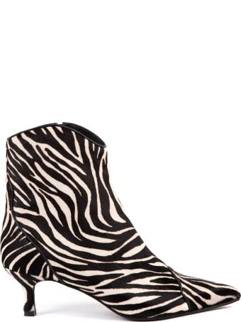 Aldo Castagna Zebra Leather Abkle Boots
