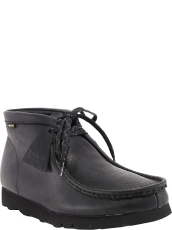 Clarks Lace-up Ankle Boots