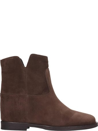 Via Roma 15 Ankle Boots In Brown Suede