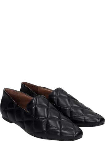 Lola Cruz Loafers In Black Leather