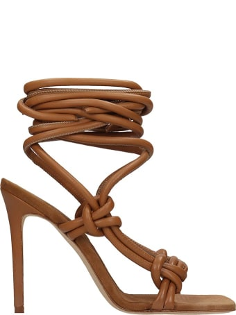 Elsa Pippilotta Sandals In Brown Leather