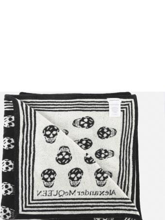 Alexander McQueen All Over Skull Beach Towel