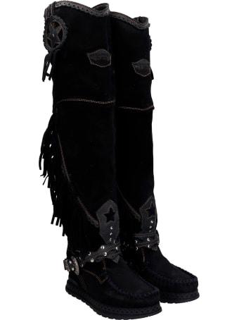 El Vaquero Kaleesi Low Heels Boots In Black Suede