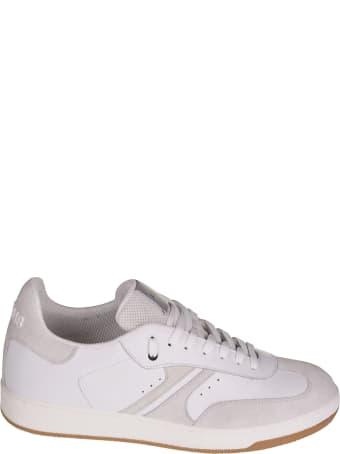AM318 Logo Embossed Sneakers