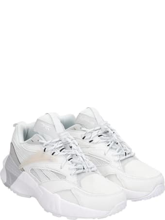 Reebok Aztrek Double  Sneakers In White Leather