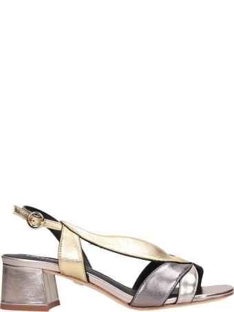 Lola Cruz Sandals In Platinum Leather