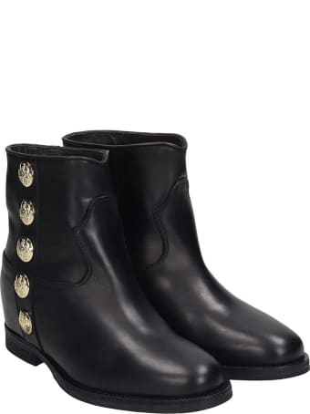 Via Roma 15 Low Heels Ankle Boots In Black Leather