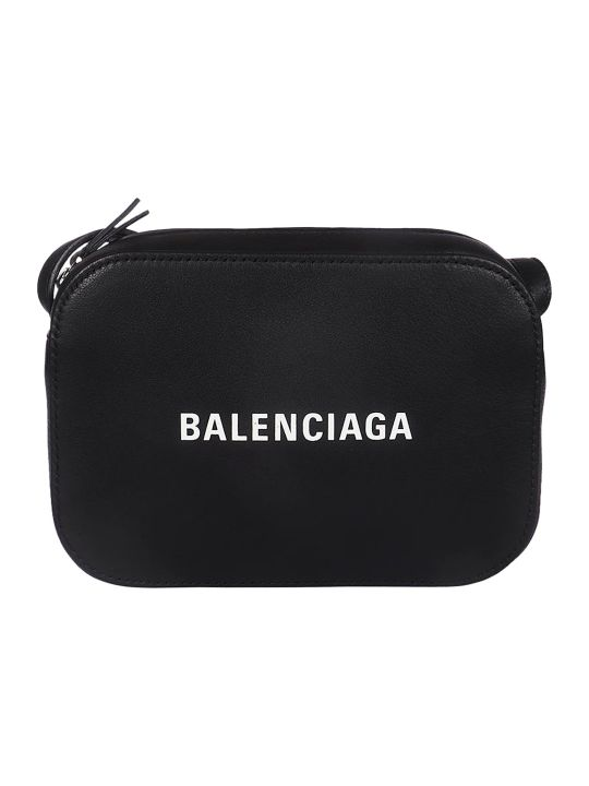 Balenciaga Everyday Shoulder Bag