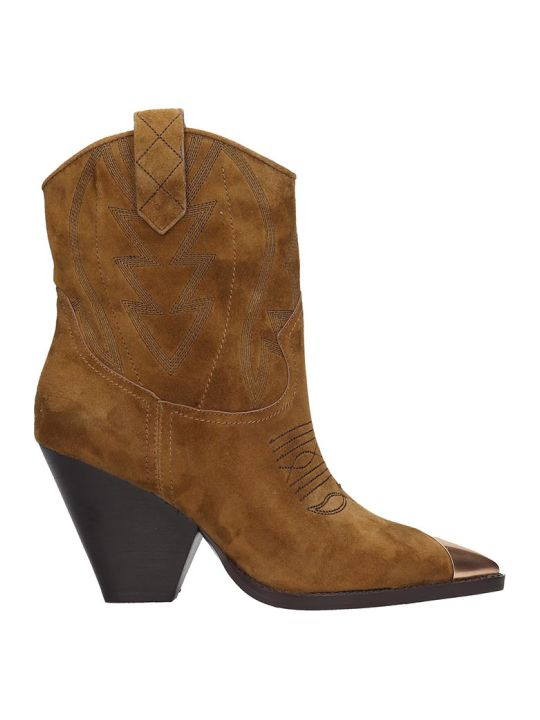 Lola Cruz Texan Ankle Boots In Leather Color Suede