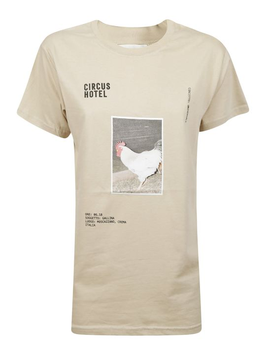 Circus Hotel Graphic Chicken Print T-shirt