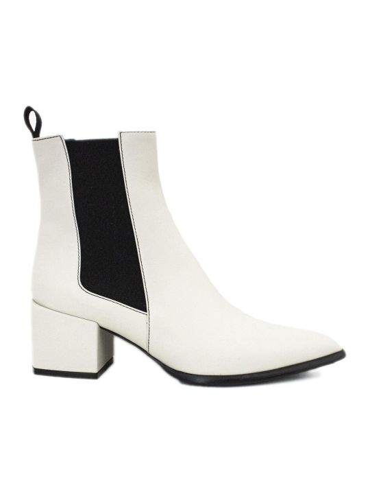 Roberto Festa Rania Ankle Boot In White Leather.