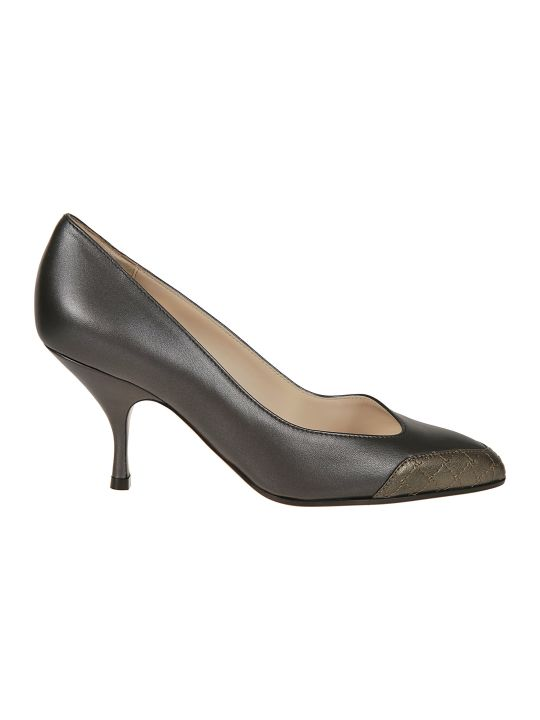 Bottega Veneta Asymmetric Pointed Pumps