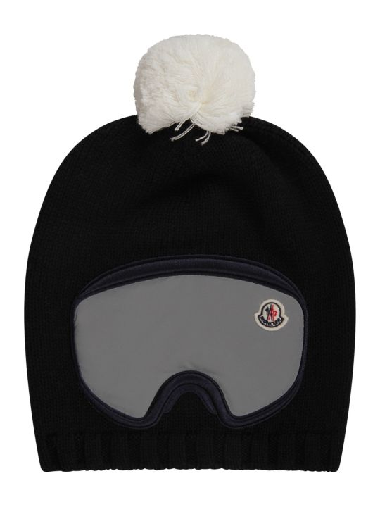 Moncler Black Boy Hat With Iconic Patch