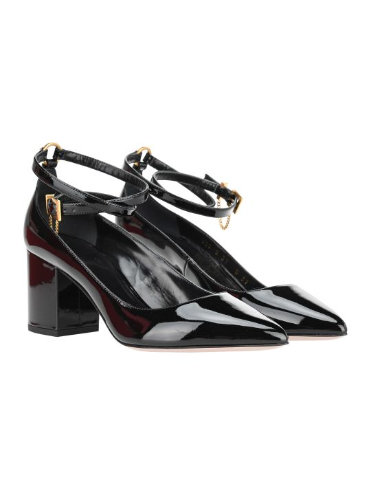 Valentino Patent Leather Pumps With Chain Detail
