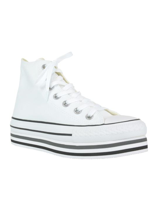 Converse Chuck Taylor Sneakers