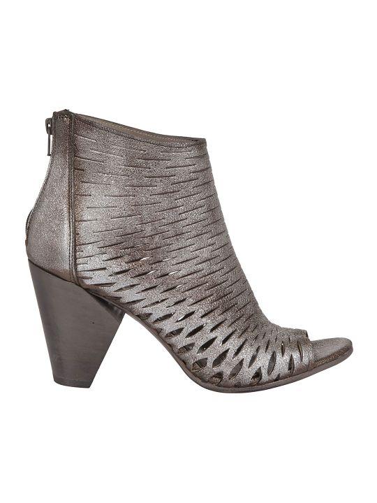 Strategia Perforated Sandals
