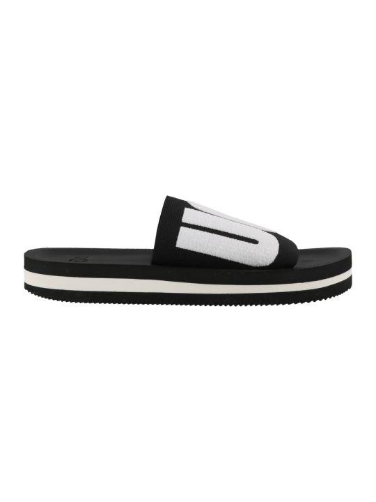UGG Zuma Graphic Sandals
