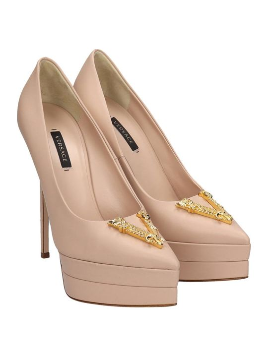Versace Pumps In Beige Leather