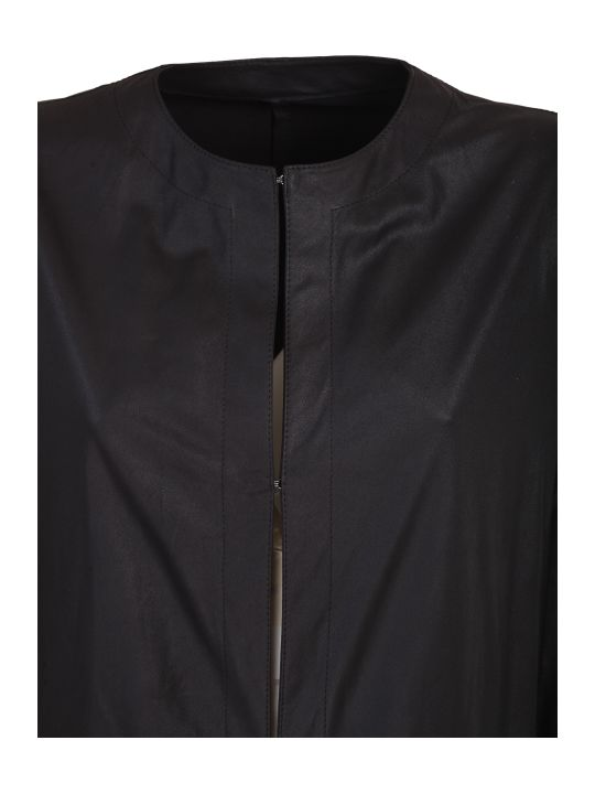 DROMe black coat. Regular fit. Made