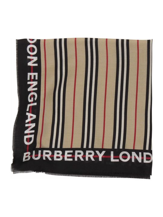 Burberry Accessory