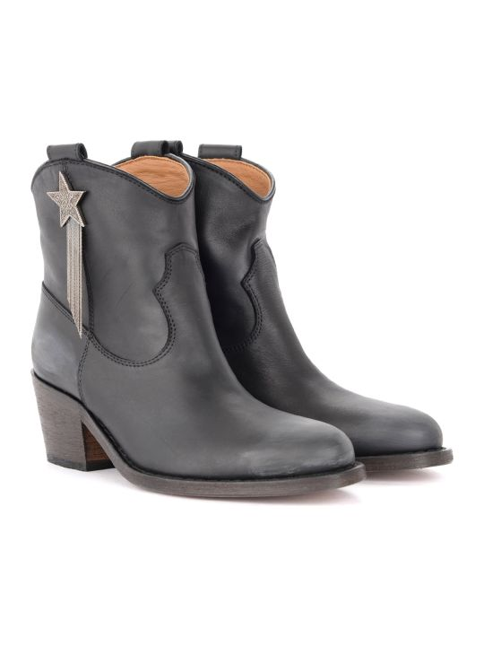 Via Roma 15 Texan Ankle Boot In Black Star Leather