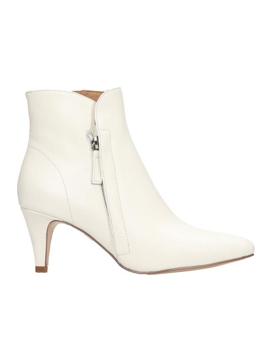Bibi Lou Ankle Boots In White Leather
