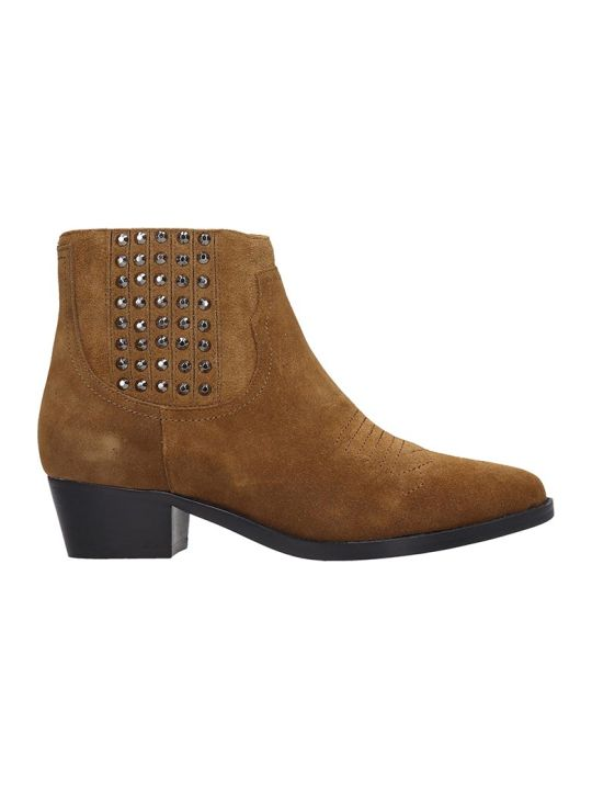 Bibi Lou Low Heels Ankle Boots In Leather Color Suede