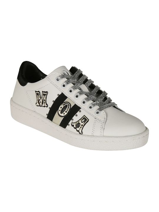 M.O.A. master of arts Logo Patch Sneakers