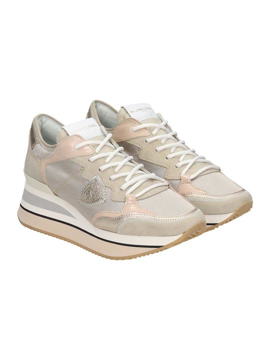 Philippe Model Trimphe  Sneakers In Gold Leather