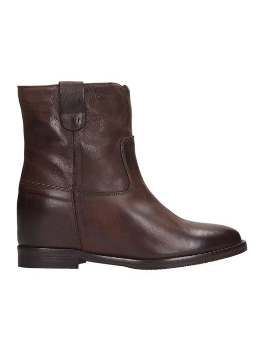 Julie Dee Ankle Boots In Brown Leather
