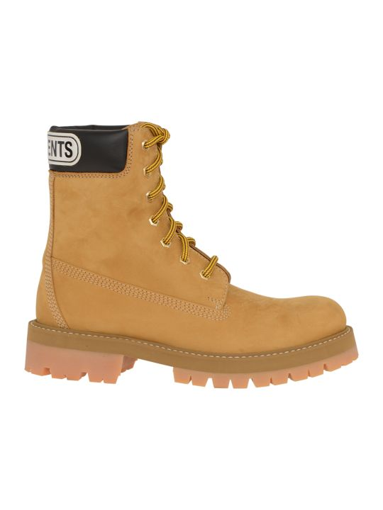 VETEMENTS Boots