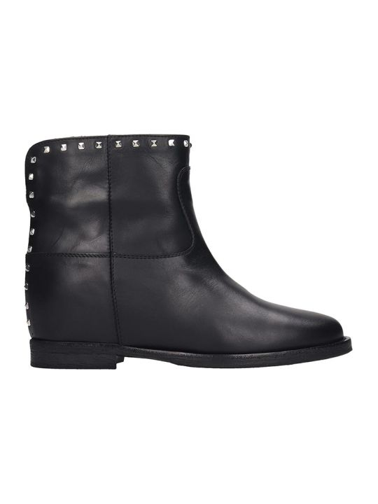 Via Roma 15 Ankle Boots In Black Leather