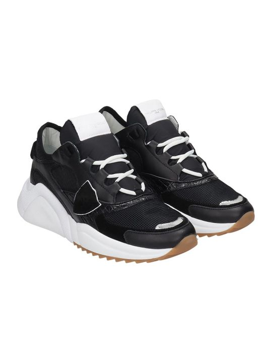 Philippe Model Eze Sneakers In Black Leather And Fabric