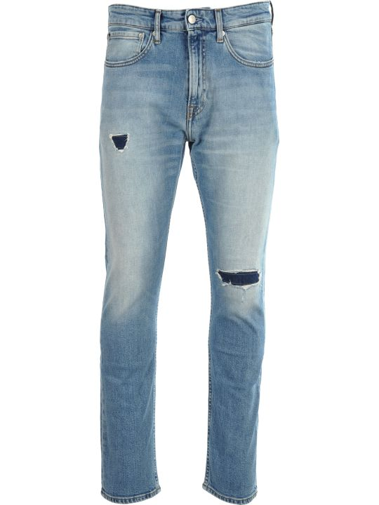 Calvin Klein Jeans 056 Athletic Tapered Jeans