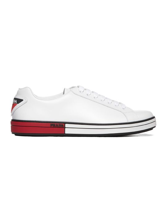 Prada Linea Rossa Classic Low-top Sneakers