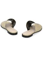 Givenchy 4g Leather Mules - Beige