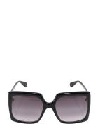 Gucci Sunglasses - Black