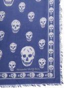 Alexander McQueen Classic Skull Scarf - BLU
